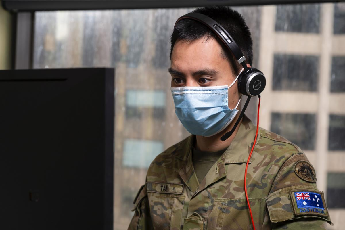 Craftsman Terence Tan, of 7th Combat Service Support Battalion, provides support to the Department of Health and Human Services during Operation COVID-19 Assist. Photo: Leading Seaman Craig Walton