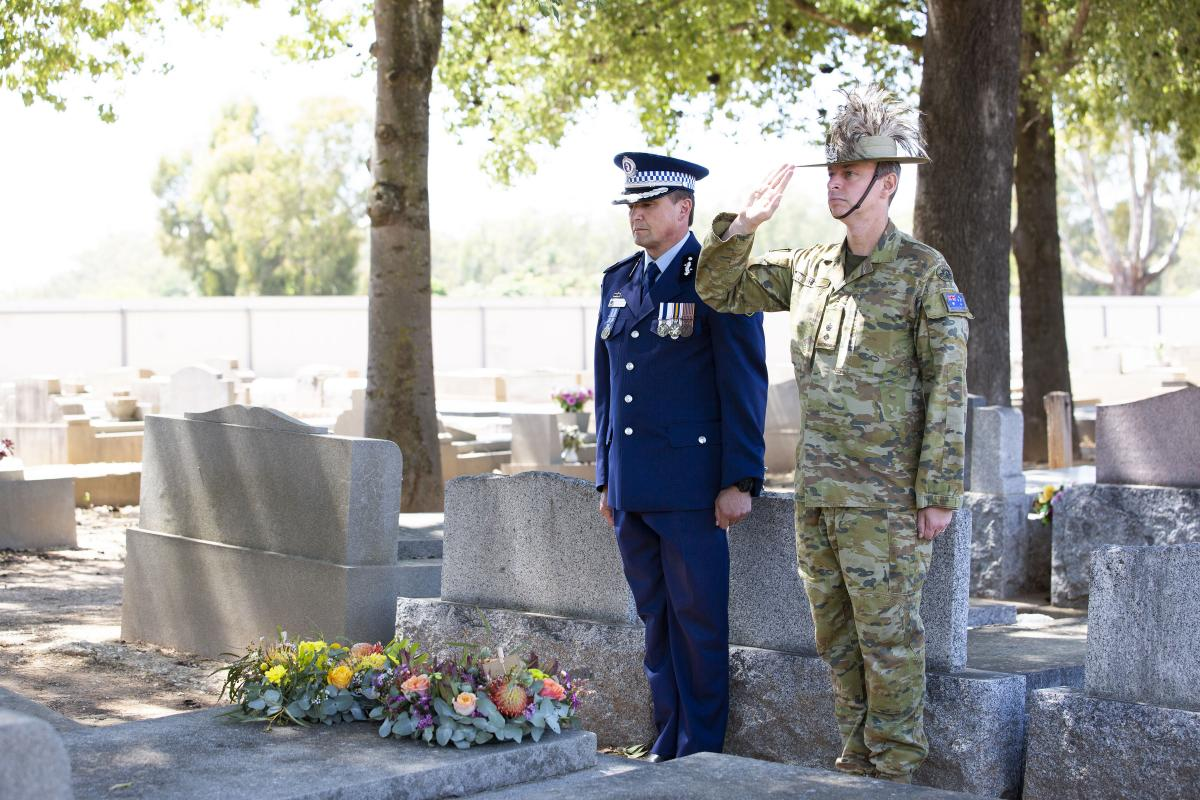 NSW Police Assistant Commissioner Joe Cassar with Joint Task Unit 629.1.3 Commanding Officer Lieutenant Colonel Andrew White at a memorial service for former soldier and police officer Tom Morris at Corowa. Leading Seaman Tara Byrne