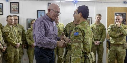Governor-General General (retd) David Hurley promotes Chaplain Ricky Su from Captain to Major. Photo: Corporal Tamara Cummings