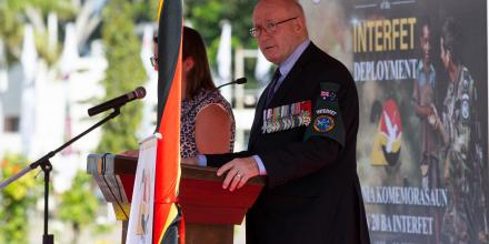 Interfet Commander and former Governor-General of Australia, Sir Peter Cosgrove, addresses officials and veterans at the Interfet 20th anniversary commemorative ceremony in Dili.